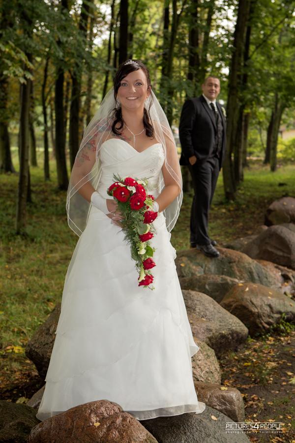 Brautleute in Zörbig, fotografiert von Hochzeitsfotografin aus Dessau