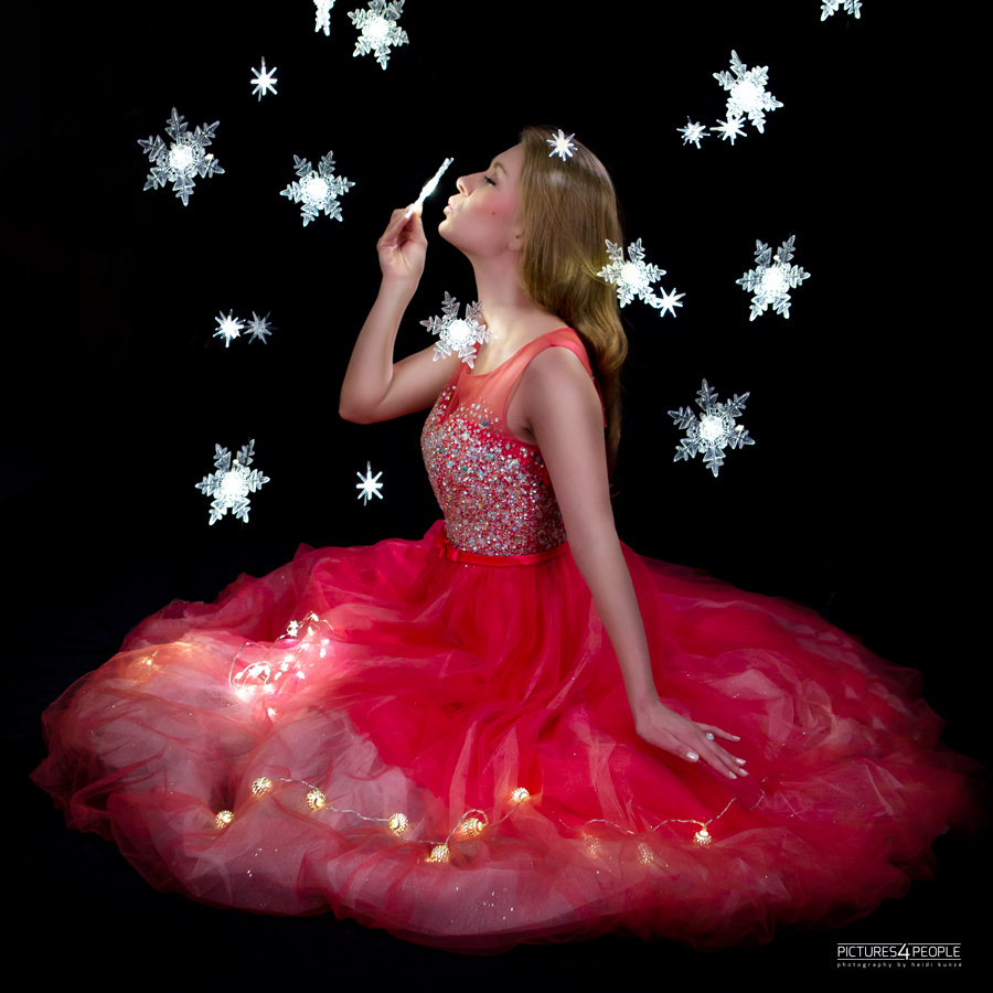 Fotografin aus Dessau, junge Frau mit Lichterkettensterne