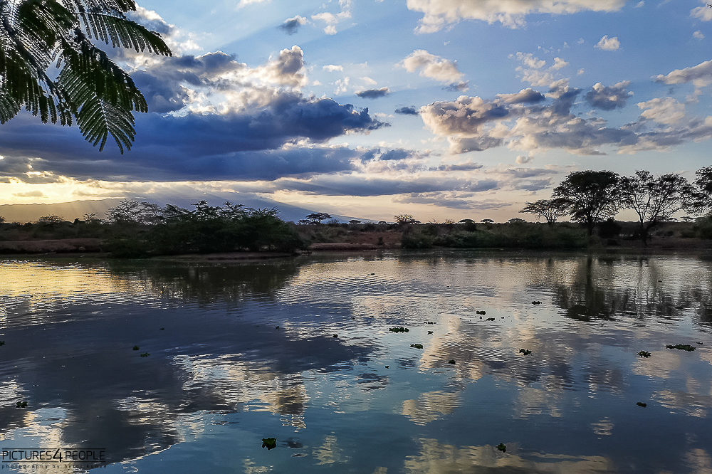 ein See in Kenia