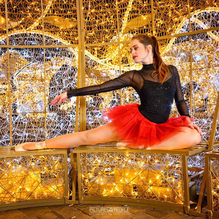 Lichterwelt Magdeburg, Tänzerin in einer schönen Pose